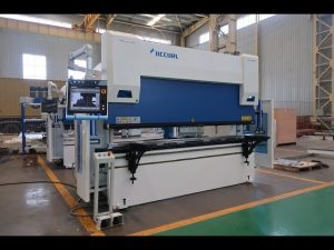 6 axis CNC press brake machine 100 ton x 3200mm