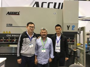 Accurl participated in the Chicago machine tool and Industrial Automation Exhibition in 2016