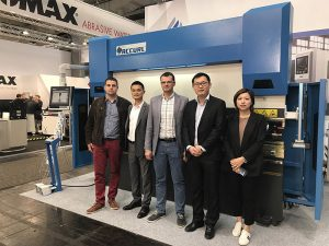 Accurl participated in the Hannover International Machine Tool Exhibition in Germany in 2017