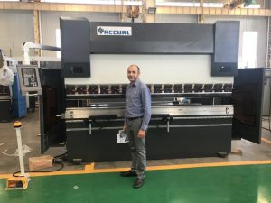 Iran Client Testing Machine in Our Factory 1