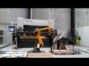 Robotic CNC press brake for robotic bending cell system