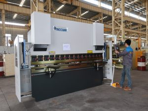 high quality portable small 30 Ton CNC bending machine , small press brake instock