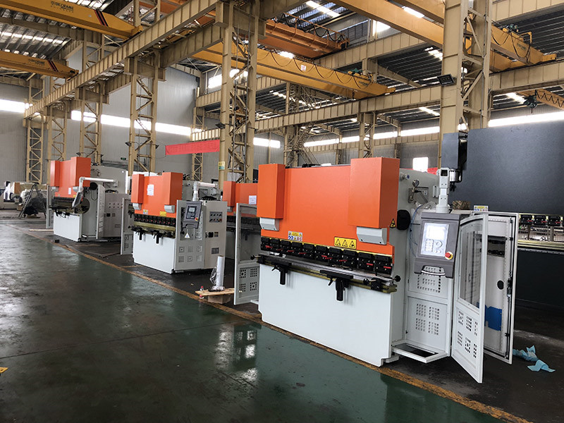 press brake for steel warehouse