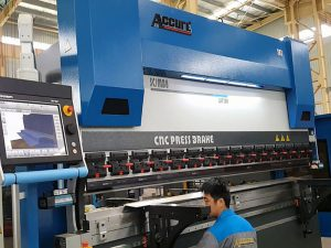 metal frame cnc sheet metal press brake machine 300 Ton 6000mm / 4000mm