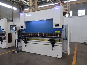 3 axis cnc press brake delem da52s 4 axis cnc press brake 125 tons