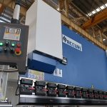 popular hydraulic cnc press brake with estun E210 control system WC67Y- 125Ton/3200mm with engineer service