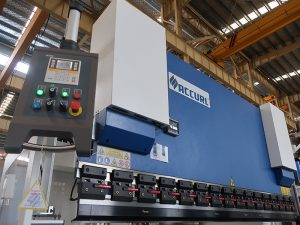 press brake with E210 control system
