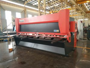 precision hydraulic guillotine shearing machine